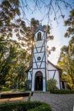 移民村庄公园& x28的教会; Parque Aldeia做Imigrante& x29;-新星Petropolis,南里奥格兰德州,巴西 免版税库存照片