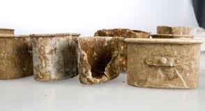 民用西班牙战争 沟槽竞选铝螺栓和军用餐具  库存图片