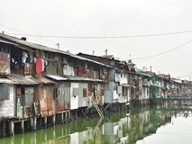 贫民窟在雅加达#1 免版税库存照片