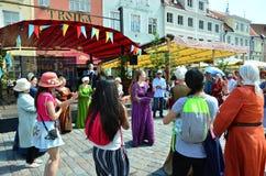 民间天分讲话在市场的在爱沙尼亚语资本Talli 图库摄影