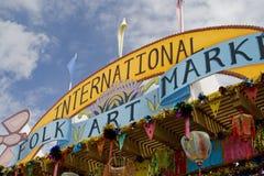 民间艺术市场在Santa Fe, NM美国每年暂挂了 免版税库存图片