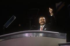 1992年民主党全国代表大会主席,罗纳德布朗,对人群演讲在麦迪逊广场加登,纽约 免版税库存照片
