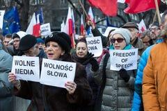 民主KOD的防御的委员会的示范自由媒介/wolne媒介的 库存照片