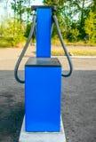 气体加油站,背面图 免版税库存图片