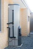 气体热水系统 免版税库存照片