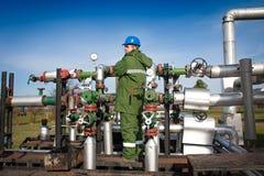 气体生产运算符 免版税库存照片