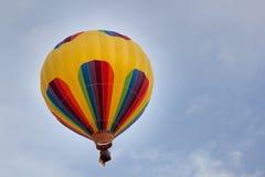 气球五颜六色热 免版税库存图片