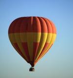 气球徒步旅行队 免版税库存图片