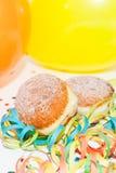 气球油炸圈饼krapfen飘带 免版税库存图片