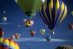 气球热乘驾游人 免版税库存照片