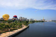 气球热putrajaya 免版税库存图片