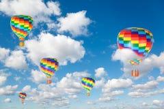 气球蓝色覆盖热天空 图库摄影