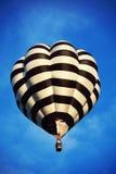 气球飞行热photgrphed显示VA的bealton马戏 免版税图库摄影