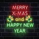 氖措辞圣诞快乐和新年快乐 免版税图库摄影