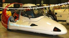 1985年氚核Areo汽车正面图  免版税图库摄影