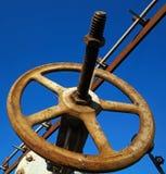 氧化作用铁锈管道阀门,特写镜头 免版税库存照片
