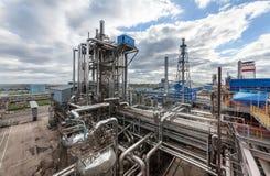 氨和氮气受精的生产的化工厂在天时间的 免版税库存图片