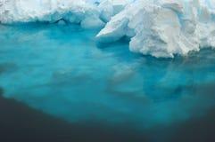 水下的冰 库存照片
