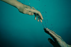 水下的抢救 库存图片