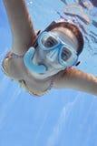 水下的游泳者 库存图片