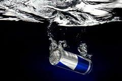 水下的饮料 免版税图库摄影
