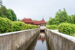 水力发电的水坝在Yaropolets, Volokolamsk区,莫斯科关于 库存照片