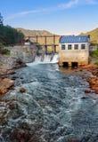 水力发电的老发电站 Chemal,阿尔泰共和国,俄罗斯 图库摄影