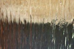 水和飞溅的声音从喷泉下降或瀑布总是有对我们的心情的安慰性的作用 免版税库存照片