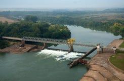 水坝和Amarà ³ polis水门  免版税图库摄影