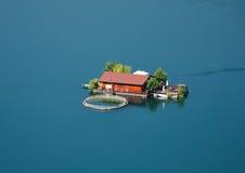 水坝房子 库存图片