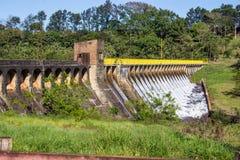 水坝继承物SP巴西 库存照片