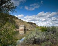 水坝转换发电站 库存图片