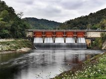 水坝 免版税库存照片