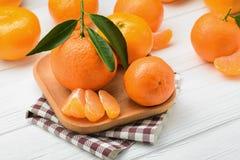 水多和新鲜的蜜桔 免版税库存图片