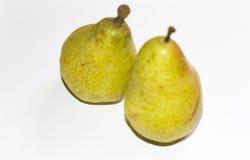 水多的绿色和黄色梨 免版税库存照片