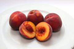 水多,维生素丰富的桃子 库存图片