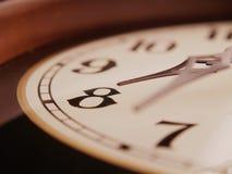 水平古色古香的时钟 库存照片