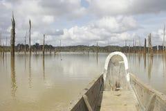 水平的独木舟 免版税库存图片