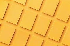 水平的金黄名片堆大模型  免版税库存照片