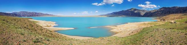 水库的全景,机组山高原 卡扎克斯坦 库存图片