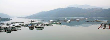 水库的渔场 库存图片