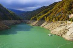 水库Ridracoli 可西嘉岛科西嘉岛creno de法国LAC湖山山 库存照片