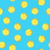 水彩柠檬纸构造了在蓝色背景的无缝的样式 免版税库存照片