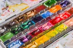 水彩油漆配件箱 免版税库存照片