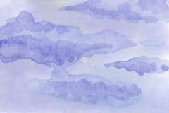 水彩背景例证 在天空的水彩柔和的云彩 向量例证