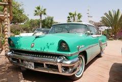 水星Montclair小轿车绿色和白色在利马 库存图片