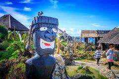 水晶小海湾原史雕象,是一个小海岛那 免版税库存图片