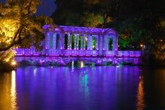 水晶桥梁在桂林市的公园 免版税图库摄影