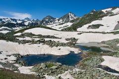 水晶横向山河 库存图片