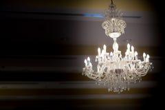 水晶玻璃枝形吊灯 免版税库存图片